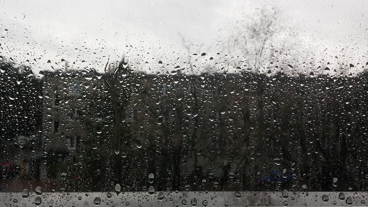 Image of rain on a depressing day illustrating how to recognize depression in senior citizens